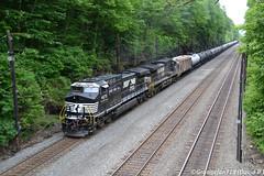 NS 4072 GE AC44C6M (6K4) (Trucks, Buses, & Trains by granitefan713) Tags: ns norfolksouthern railroad railfan ge generalelectric altoona pitl pittsburghline nspittsburghline roadpower lashup consist freight tanktrain unittrain ethanol ac44c6m geac44c6m rebuild