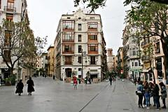 Plaza de los Fueros - València (Kiko Colomer) Tags: kikocolomer franciscojosecolomerpache valencia arquitectura arte europa europe ciudad valence noble plaza centro historico urbano