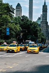 NEW YORK (Kamilla Kazimova) Tags: america new york newyork nyc washington thestates street lightroom nikon d5600 streetphotography city usa united states architecture building buildings people taxi yellowtaxi timessquare americanflag