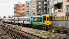 455830 (JOHN BRACE) Tags: 1982 brel york built class 455 emu 455830 seen east croydon station southern livery