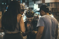 _MG_4542 (catuo) Tags: cycling cyclingteam people portrait sportphotography sport streetphotography street race racing bike trackbike bicicleta colombia carrera ciclismo canon noche alleycat