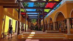 Valladolid-094645 (guavilab) Tags: valladolid cielo azul centro mall colores compras yucatán mexico mx yucatan vacaciones
