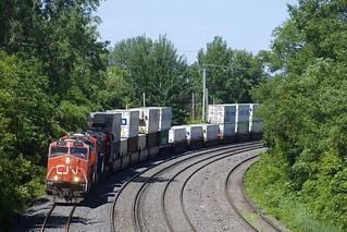 CN 2274 leading