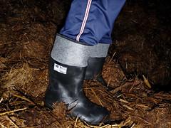 tumblr_nmi6bk81dK1usv24lo6_1280 (gumenaobuca) Tags: farmer fisherman waders rubber gumofilce gumovce fagum stomil rolnik bauer paysan boots stable farm manure worker coverall gasmask