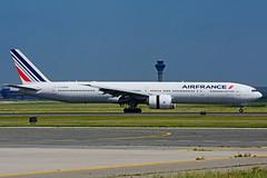 F-GZNG (Air France) (Steelhead 2010) Tags: airfrance boeing b777 b777300ere yyz freg fgzng