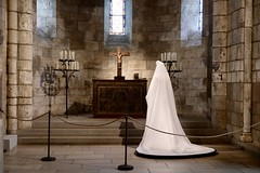 Bride of Christ (Anne Marie Clarke) Tags: thecloisters nyc medieval monastery fashion couture thecatholicimaginationheavenlybodiesii metropolitanmuseumofart