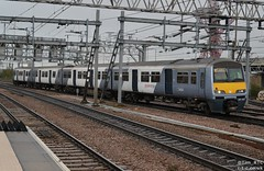321427 for Braintree (Tim R-T-C) Tags: 1f26 321427 class321 greateranglia london nationalexpresseastanglia stratford mainline previousoperatorslivery railroad railway station train