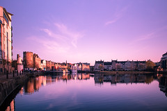 Leith Shore Sunset and Harbour April 2018  (89 of 161) (Philip Gillespie) Tags: sunset sky clouds leith shore harbour water sea river wet reflections buildings architecture mono monochrome black white colour color yellow red orange green purple pink blue urban city town canon 5dsr people men women man woman kids boys girls feet legs heads hands outdoor bridge profile long exposure spider chains birds swan bench scotland edinburgh boats dock night evening lights stars street road hour