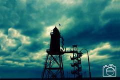 Leuchtturm (DJR-FOTO) Tags: see meer leuchtturm deutschland germany sea green grün himmel wolken clouds sky
