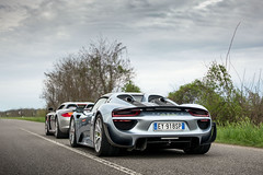Father & daughter. (David Clemente Photography) Tags: porsche porsche918 porsche918spyder 918spyder 918hybrid carreragt porsche918hybrid porschecarreragt cars supercars hypercars carspotting nikonphotography photography