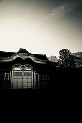 Ueno Toshogu Shrine (NatalieTracy) Tags: tokyo japan blackandwhite shrine uenotoshogushrine toshogushrine goldenhall ueno uenopark park