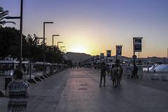 Paseando al atardecer (ibzsierra) Tags: paseo atardecer sunset puerto port ibiza eivissa baleares canon 7d 24105isusm