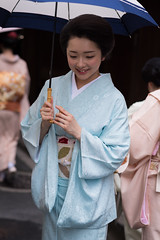 elegant (byzanceblue) Tags: kyoto maiko geisha geiko kagai miyagawacho japan japanese woman girl female beauty cute beautiful 宮川町 京都 kimono gion dance lovely 舞妓 舞踊 traditional kanzashi formal 祇園 black 花街 white color colour flower nikkor background people photo portrait professional lady lovery 芸妓 着物 bokeh red traditonal