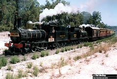 3556I G233 G123 Collie area 6 March 1983 (RailWA) Tags: railwaphilmelling g123 g233 1983 collie