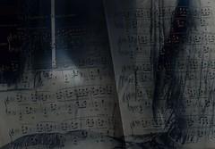 UN FRAGMENT de MENDELSSOHN (Poppy ♥ Cocqué ♫) Tags: art artwork poppy ap poppycocqué portrait selfportrait music score sheetmusic piano love surreal p🍀ppy