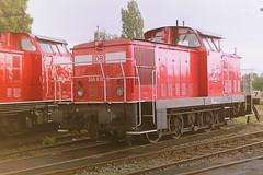 DB 346810-5 (bobbyblack51) Tags: db class 346 dr 106 lew d diesel shunter 3468105 1068105 bw magdeburg rothensee 2001