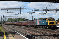 WCRC 47580 and 47746 @ Rugeey Trent Valley train station (ianjpoole) Tags: west coast railway company class 47 spoon 47580 county essex 47746 chris fudge working steam dreams 1z31 the lakes express from carnforth london victoria