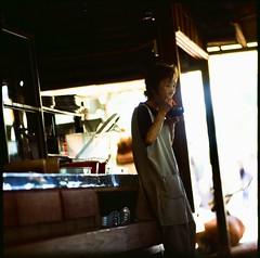On the break #p6 #pentaconsix #sonnar #sonnar180 #analogphotography #analog #filmisnotdead #filmphotography #candid #streetphotography #kyoto #japan #6x6film #mediumformat #filmforever #fujifilm #velvia (jaxting) Tags: street jaxting velvia50 p6 pentaconsix sonnar sonnar180 analogphotography analog filmisnotdead filmphotography candid streetphotography kyoto japan 6x6film mediumformat filmforever fujifilm velvia