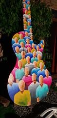 Making of de la peinture réalisée sur une guitare sculptée exposée sur le rond point de Rochefort pour les sérénades et fêtes de la musique. 3,35m de haut, peinture recto/verso. (Ben Heine) Tags: peinture guitare rochefort belgique creative créatif art artiste artist paint painting benheine music musique melody mélodie night peintre decoration rondpoint colors couleurs colorful sérénades fêtesdelamusique people crowd public audience guitar