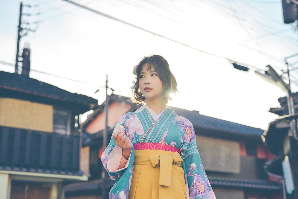 walking around kyoto in kimono-1-29
