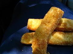 roped in by advertising (muffett68 ☺ heidi ☺) Tags: dunkin donutfries cinnamon