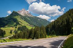 Gemeinde Warth 51.jpg (vossemer) Tags: himmel strasen berge landschaften wolken natur wetter gemeindewarth vorarlberg österreich at