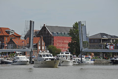 Pedestrian Flap Bridge, old historic harbour of Leer (East Frisia) (Manfred_H.) Tags: technik technology bridge flapbridge boats harbour eastfrisia leer