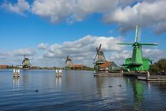 Cliché hollandais - Dutch cliché (Giloustrat) Tags: netherlands pentax k3 moulin zaanseschans pentaxflickraward nature saariysqualitypictures