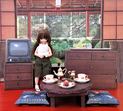 Paper Diorama (MurderWithMirrors) Tags: dragonhorse kit diorama paper tinyhimeno picconeemo rement miniature uttorisweets chest drawers table cushions television tv mwm