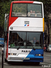 Open Tour (Jean S..) Tags: tourist tourism bus white red blue people candid streetphotography