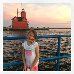 Moments With Mads (matthewkaz) Tags: madeleine daughter child light lighthouse lakemichigan lake river water greatlakes holland michigan 2018 bigredlighthouse