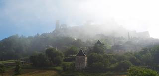 Misty morning in Turenne