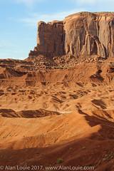 20090601 Monument Valley 050.jpg (Alan Louie - www.alanlouie.com) Tags: monumentvalley landscape arizona oljatomonumentvalley unitedstates us