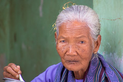 Myanmar - Bagan (tivitto) Tags: asie myanmar asia birmanie myinkabar mandalayregion myanmarbirmanie mm old woman oldwoman bagan face