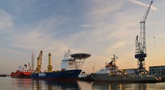 Bow Star, Fairplayer en Union Sovereign (Hugo Sluimer) Tags: portofrotterdam port haven nlrtm zuidholland nederland holland onzehaven