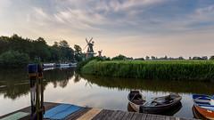 Die Zwillingsmühlen von Greetsiel.jpg (Knipser31405) Tags: 2018 windmühle niedersachsen greetsiel nordsee frühjahr krummhörn deutschland de