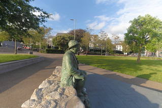 Replica Of The Pádraic Ó Conaire Statue  [Eyre Square In Galway]-141702