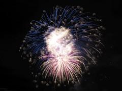 IMG_1215_b (Granite-M) Tags: independence day independenceday firework fireworks patriot patriotism america murica summer raleigh nc north carolina northcarolina brier creek briercreek