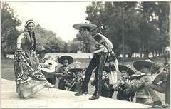 Mexican Dancers Vintage Postcard (Teyacapan) Tags: vintage antique postcards tarjetas danzantes mariachis chinapoblana photographs