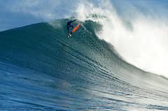 1309NBW (Rafael González de Riancho (Lunada) / Rafa Rianch) Tags: surf waves surfing olas sport deportes sea mer mar nazaré vagues ondas portugal playa beach 海の沿岸をサーフィンスポーツ 自然 海 ポルトガル heʻe nalu palena moana haʻuki kai olahraga laut pantai costa coast storm temporal