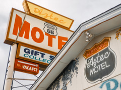 Aztec Motel (bugeyed_G) Tags: seligman arizona southwest sign vintage historic route66 tourism aztecmotel motel