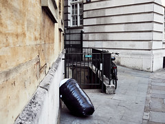 20180725T15-04-45Z-P7250492 (fitzrovialitter) Tags: peterfoster fitzrovialitter city streets rubbish litter dumping flytipping trash garbage urban street environment london fitzrovia streetphotography documentary authenticstreet reportage photojournalism editorial captureone olympusem1markii mzuiko 1240mmpro microfourthirds mft m43 μ43 μft geotagged oitrack