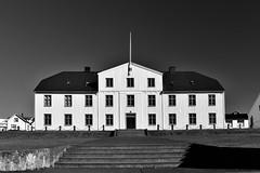 Stjórnarráðið (Prime Minister's Office), Reykjavík, Ísland (Iceland) (leo_li's Photography) Tags: architecture reykjavík iceland icelande ísland islande reykjavik 冰岛 冰島 雷克雅未克 europe 歐洲 bw 黑白 stjórnarráðið