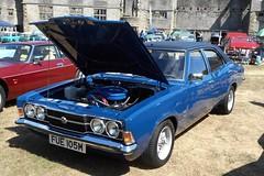 West Midlands Classic Car Club annual show 21 (Mount Fuji Man) Tags: westmidlandsclassiccarclub annualshow classiccar courtyard july2018 dudleycastle