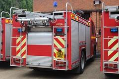 X162 ARX (JKEmergencyPics) Tags: surrey fire rescue service sfrs volvo fl6 saxon supercharger super charger reserve spare emergency appliance engine unit reigate wray park wrays hq headquarters arx x162 x162arx open day