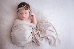 Julieta (dxerojas) Tags: newborn newbornphotography canon canon6d naturallight newbornprops props