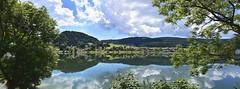 Reflets dans le lac (Diegojack) Tags: lelieu vaud suisse d7200 nikon nikonpassion vallée de joux lacdejoux reflets lepont panorama paysages groupenuagesetciel fabuleuse