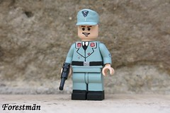 Luftwaffe Flak crew, custom Lego (Forestmän) Tags: lego ww2 2 world war wwii luftwaffe flak crew german custom painted minifig