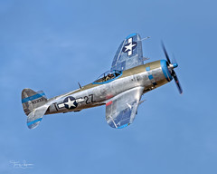 """Ross Granley piloting the Flying Heritage & Combat Armor Museum 1945 Republic P-47D Thunderbolt """"Tallahassee Lassie"""" NX7159Z (N7159Z) at the 2018 Arlington Fly-In Evening Show on 07.06.2018 (Hawg Wild Photography) Tags: ross granley flying heritage combat armor museum 1945 republic p47d thunderbolt tallahasseelassie nx7159z n7159z 2018 arlington flyin terrygreen paulgallen arlingtonmunicipalairportkawo hawg wild photography wwll fighter"""