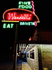Wendell's — Nashville, Tennessee (Halvorsong) Tags: sign signs neon neonnights neonsigns pink nashville classic old oldschool vintage epic wow explore discover night nightphoto photography art composition urban city road roadside urbanexplorer street streetphotography restaurant drivein america usa americana thesouth color afterdark photosafari halvorsong